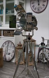 Whirlpool Lampen Uhren Dekoration